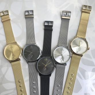 Женские наручные металлические часы золотые серебристые с черным серебристые. Киев. фото 1