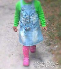 Продам джинсовый сарафан на девочку!Состояние как новый,одет пару раз!Застёгивае. Чернігів, Чернігівська область. фото 3