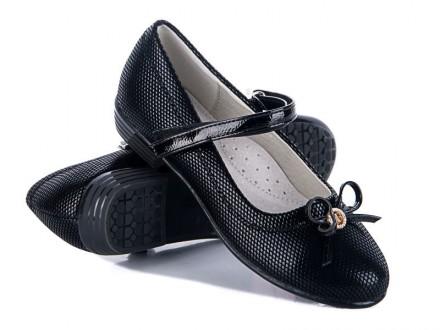 Туфли-лодочки  для девочек черного цвета. Идеальный вариант для школы, отлично с. Энергодар. фото 1