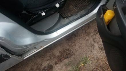 корозии почти нет, пара точек на пороге и под резинкой в багажнике - делается за. Кодыма, Одесская область. фото 5