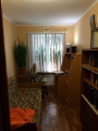 Продам квартиру (2 комнатную.). Фастов. фото 1