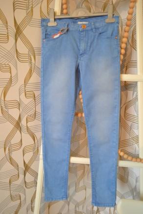 Джинсы H&M на девочку 10-11 лет/146 см. Орехов. фото 1