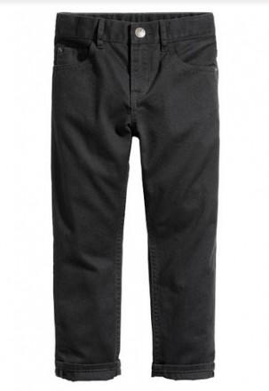 Базовые джинсы H&M на мальчика 3-4 года/104 см. Орехов. фото 1