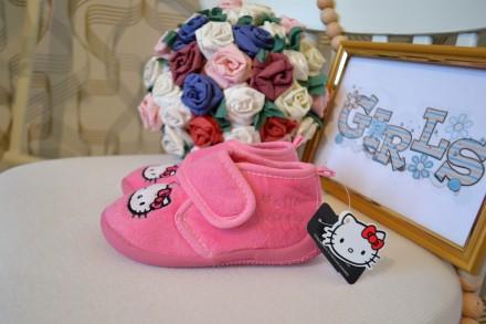 Тапочки Hello Kitty C&A на девочку 23 размер. Орехов. фото 1