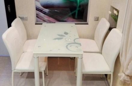 Продам скляний стіл Damar Польської фірми Signal. Львов. фото 1