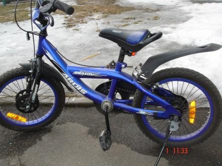 Детский велосипед с боковыми колесиками. Чернигов. фото 1