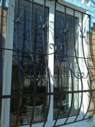 Решетка на окно. Орджоникидзе. фото 1