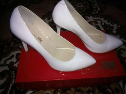Белые туфли Angels Vi collection 38 размер. Кропивницкий. фото 1