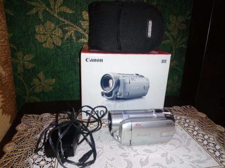 Продам видеокамера Canon FS 10 + чехол для камеры.. Кропивницкий. фото 1