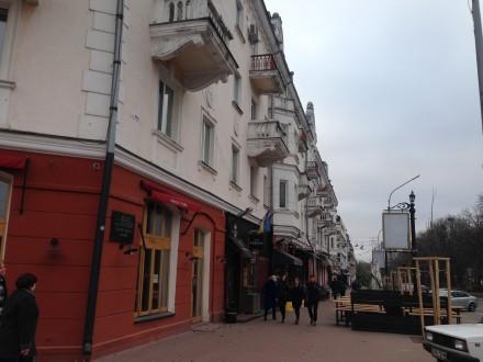 2-x  комнатна Сталинка на Красной площади. Чернигов. фото 1