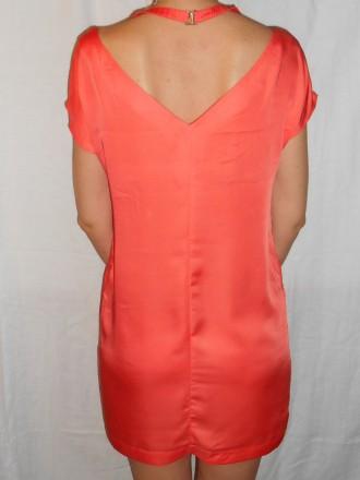 dcc057d9a83 Продам красивые платья (разгружаю шкаф). фото№1 атласное платье длина 105см.