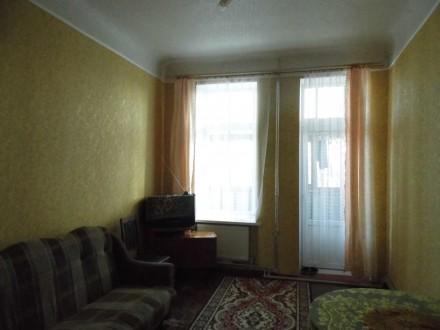 Продам 4-кімн. квартиру у Лубнах 2/4-пов. б. кирпич, авт. опал, євровікна. Лубны. фото 1