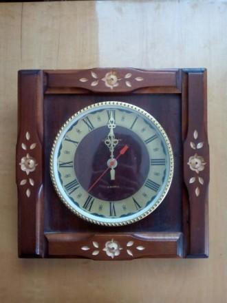 Годинник дерев'яний. Київ. фото 1