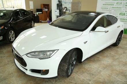 Электромобиль Tesla S 2015. Киев. фото 1
