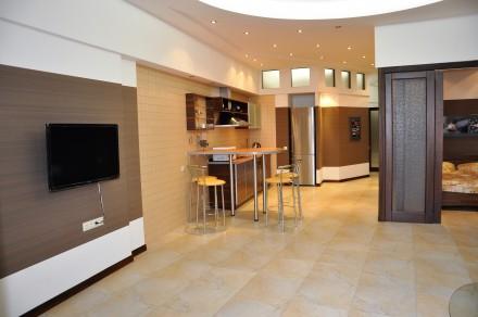 3-х комнатная квартира — 6 спальных мест 8 этаж/11 S≈100 м.кв Роскошные трех ко. Аркадия, Одесса, Одесская область. фото 7