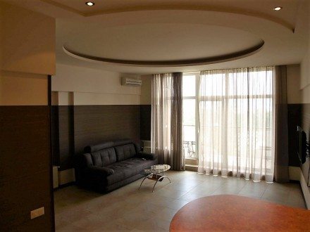3-х комнатная квартира — 6 спальных мест 8 этаж/11 S≈100 м.кв Роскошные трех ко. Аркадия, Одесса, Одесская область. фото 4