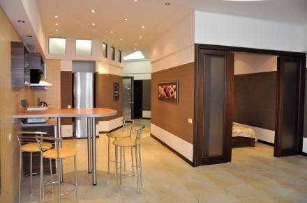 3-х комнатная квартира — 6 спальных мест 8 этаж/11 S≈100 м.кв Роскошные трех ко. Аркадия, Одесса, Одесская область. фото 8