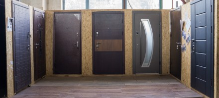 Входные двери со склада в Киеве.. Киев. фото 1