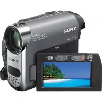 Видеокамера Sony DCR-HC48 /обмен на лодку, мотор. Киев. фото 1