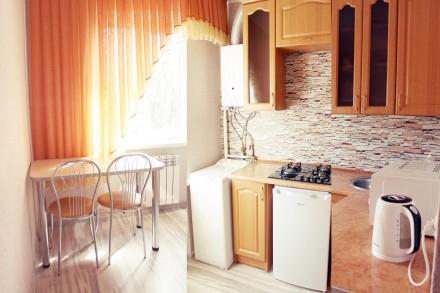 """Квартира класса """"люкс"""" для тех, кто любит тепло, уют и чистоту!  От собственни. Жовтневый, Мариуполь, Донецкая область. фото 4"""