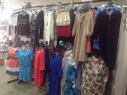 Торговые стойки для одежды. Чернигов. фото 1