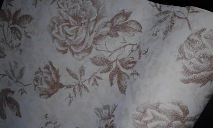 Продам обои  в цветочном стиле-флизелин. Чернигов. фото 1
