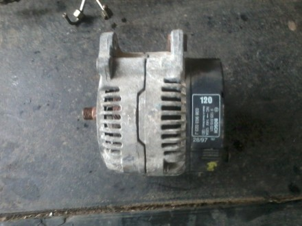 Продам генератор на фольцваген оригинал недорого.могу переслать.звоните.. Чернигов. фото 1