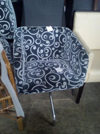Кресло б/у тканевое  для кафе, бара, ресторана. Киев. фото 1