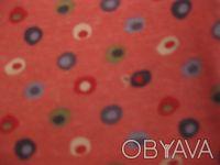 Футболка на девочку 6-7 лет. Указанный рост 122. Есть маленькая дырочка на фото . Київ, Київська область. фото 5