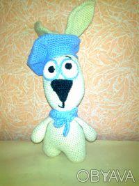 Заяц в беретике с шарфиком ручной работы. Изготовлен из шерстяных ниток, набит х. Чернигов, Черниговская область. фото 3