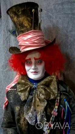 Интерьерная ростовая кукла Шляпник, разработана для витрины магазина Акварель.. Днепр, Днепропетровская область. фото 1