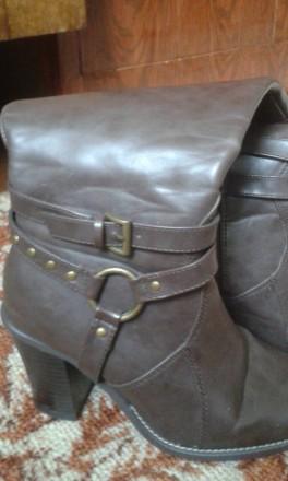 отличные, полностью кожаные добротные демисезонные сапоги,удобная устойчивая кол. Днепр, Днепропетровская область. фото 2
