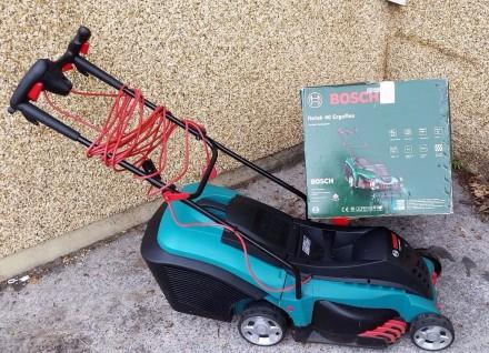 Срочно продам газонокосилку Bosch Rotak-40. Киев. фото 1
