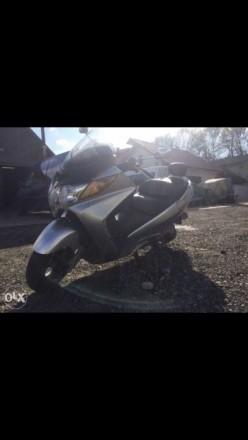 Продам члена семьи,в связи с переездом Suzuki Burgman 400cc 2005 год, 56 тыс.км . Киев, Киевская область. фото 2