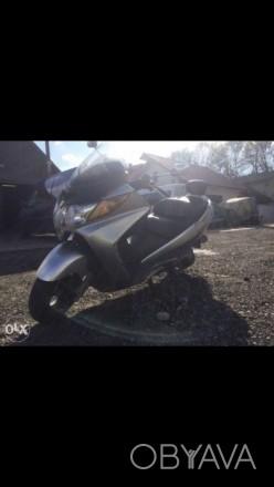Продам члена семьи,в связи с переездом Suzuki Burgman 400cc 2005 год, 56 тыс.км . Киев, Киевская область. фото 1