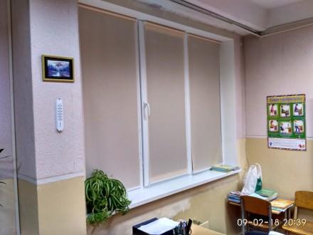 Ролеты хороший подарок на окна. Киев. фото 1