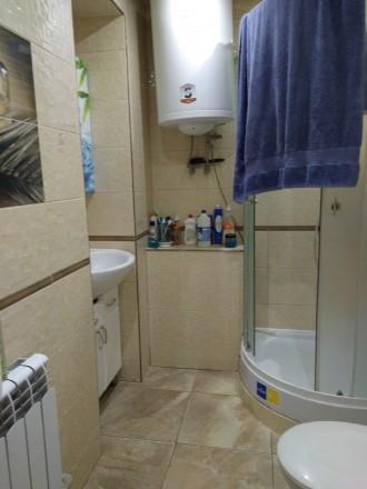 2-х комнатная квартира в новом обжитом кирпичном доме,гардеробная,комнаты раздел. Поселок Котовского, Одесса, Одесская область. фото 8