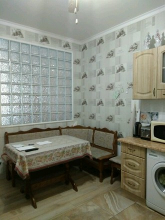 2-х комнатная квартира в новом обжитом кирпичном доме,гардеробная,комнаты раздел. Поселок Котовского, Одесса, Одесская область. фото 3