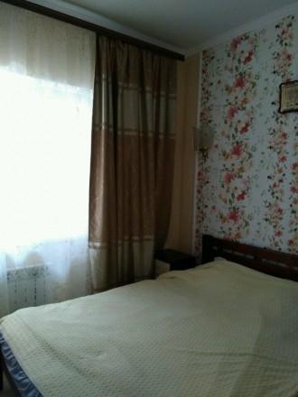 2-х комнатная квартира в новом обжитом кирпичном доме,гардеробная,комнаты раздел. Поселок Котовского, Одесса, Одесская область. фото 4
