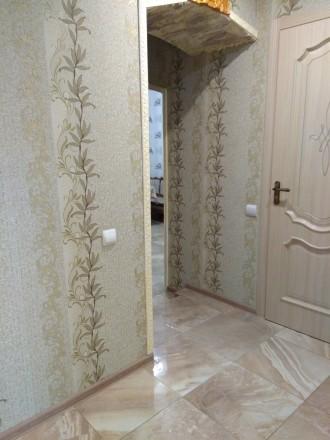 2-х комнатная квартира в новом обжитом кирпичном доме,гардеробная,комнаты раздел. Поселок Котовского, Одесса, Одесская область. фото 5