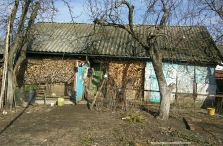 Продаю хороший, тёплый кирпичный дом, построен на основе шпал. Стоят мет.пластик. Городня, Черниговская область. фото 3