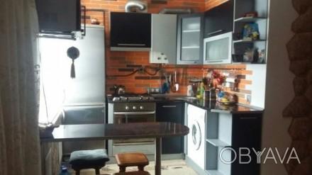 Продам свою однокомнатную квартиру-студию. Общая площадь 32 кв.м., 2 этаж пятиэт. Днепр, Днепропетровская область. фото 1