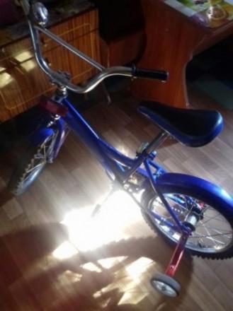 продам велосипед детский на ходу переднее колесо лысоватое. Желтые Воды, Днепропетровская область. фото 3