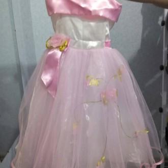 Платья детские в идеальном состоянии без дефектов, можно сказать новые.   Берюз. Алешки (Цюрупинск), Херсонская область. фото 4