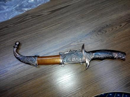 Продам нож сувенирный Китай, абсолютно новый, но на пластике есть пару дефектов,. Лубны, Полтавская область. фото 2