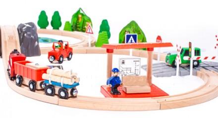 Игра деревянная железная дорога (в комплекте 90 ел.) марки DORIS. Днепр. фото 1