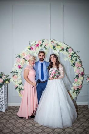 Предлагаю услуги ведущей разного рода мероприятий: -Новый год, свадьба, юбилей,. Одесса, Одесская область. фото 2