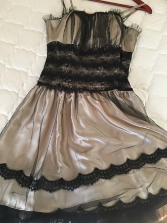 Вечернее атласно -кружевное платье размер46 в хорошем состоянии один раз одето б. Дрогобыч, Львовская область. фото 2
