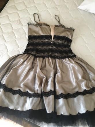 Вечернее атласно -кружевное платье размер46 в хорошем состоянии один раз одето б. Дрогобыч, Львовская область. фото 4