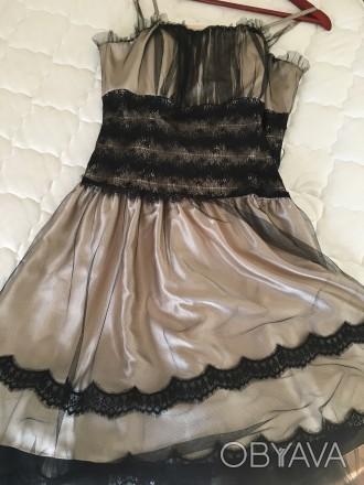 Вечернее атласно -кружевное платье размер46 в хорошем состоянии один раз одето б. Дрогобыч, Львовская область. фото 1